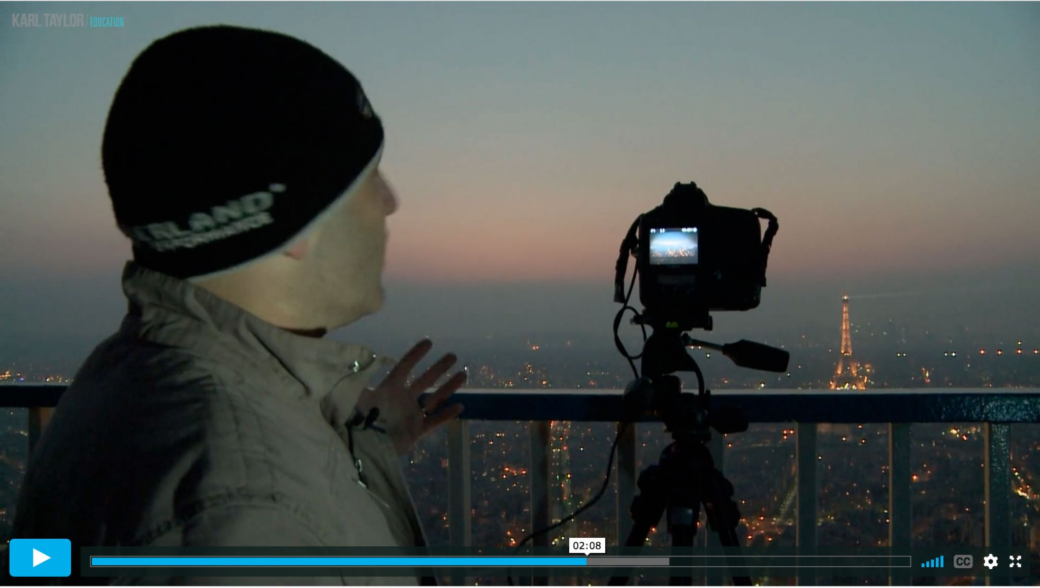 Photographing cityscapes at sunset
