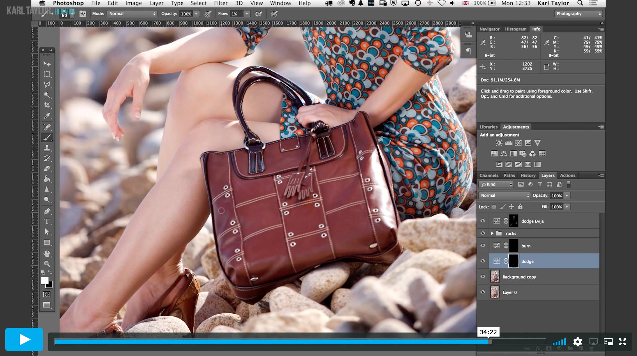 Practical demonstration on fashion retouch