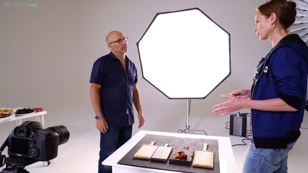 What equipment and props does food photography need?