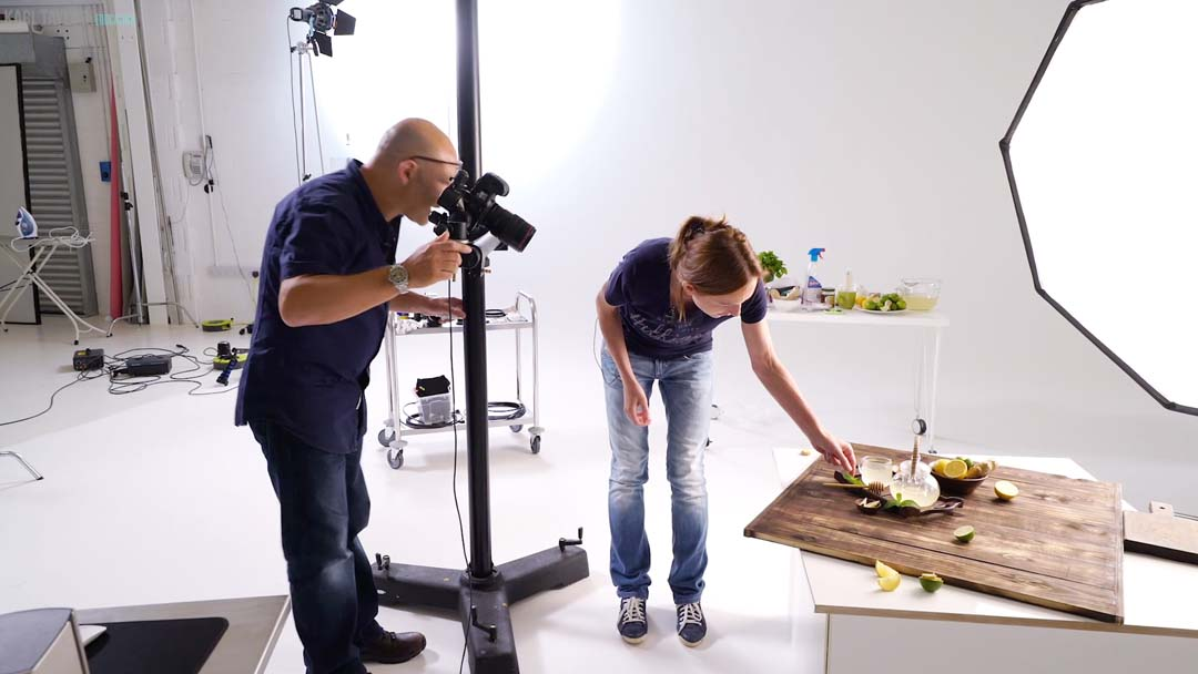 What camera positions to use in food photos