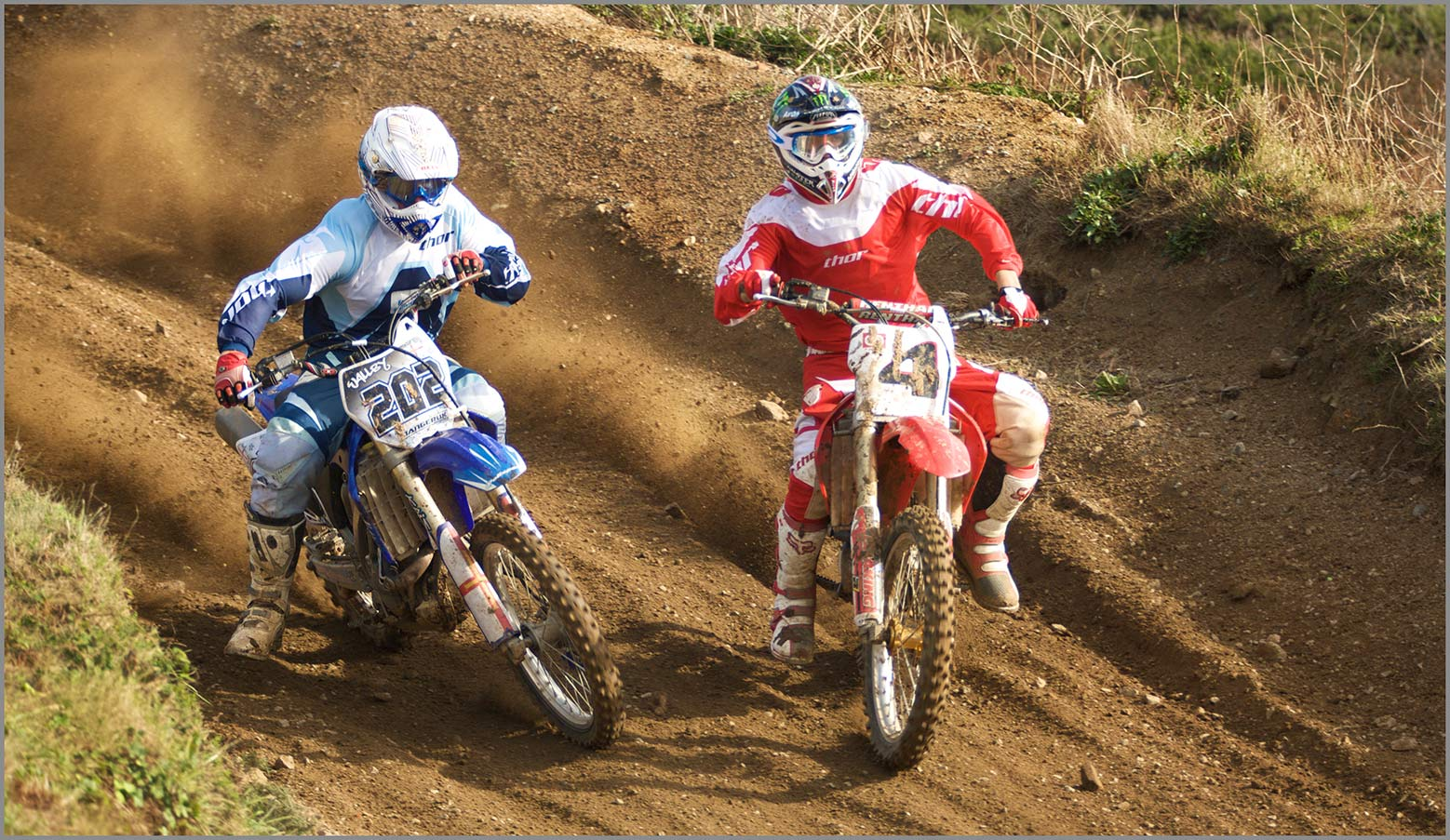 Action motor cross photograph using fast shutter speed