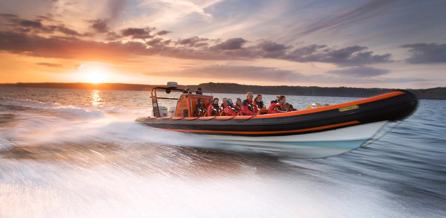 Boat in motion image by Karl Taylor