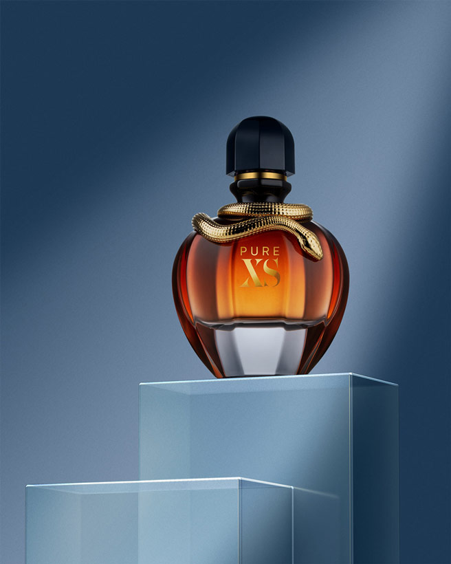 An image of a perfume bottle by Melih Üçer