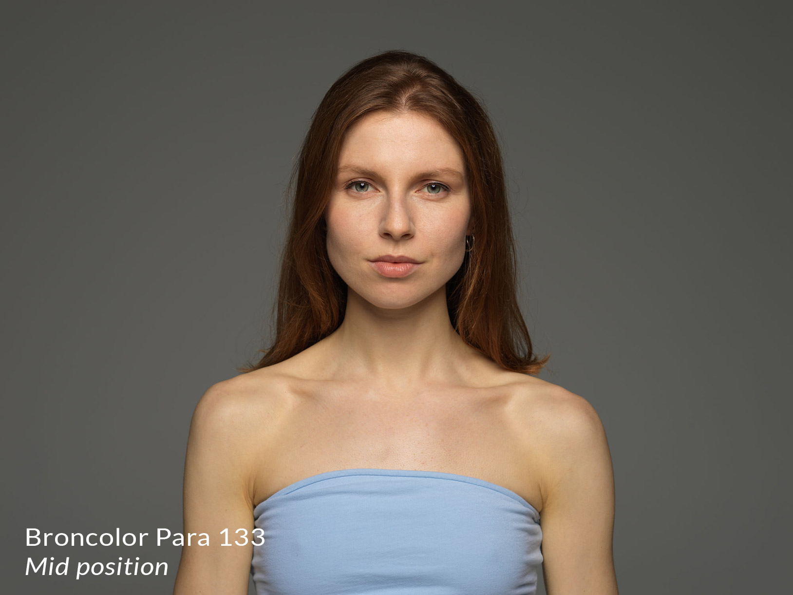 Lighting from broncolor para 133 in the mid position